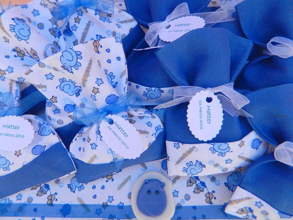 sacchettino portaconfetti in lino blu e applicazioni in cotone